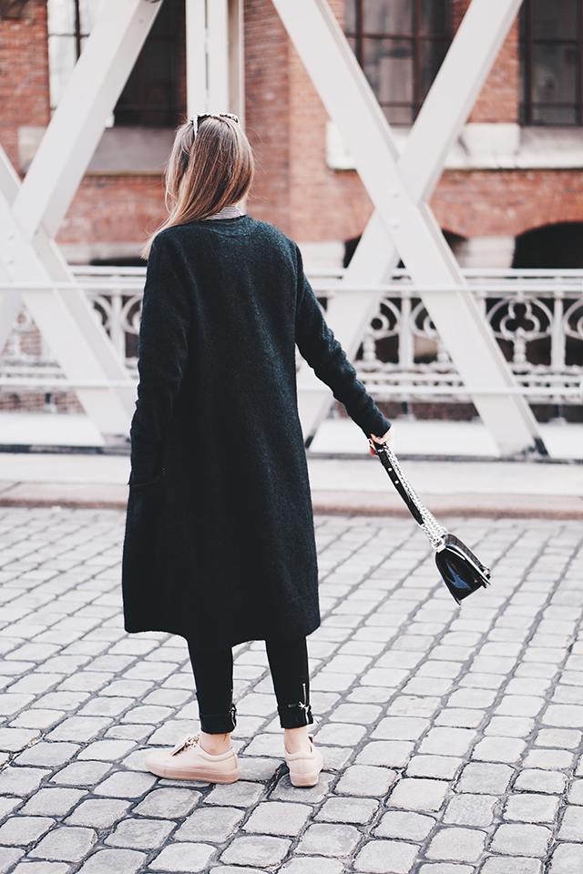Casual Outfit mit einem Long Cardigan