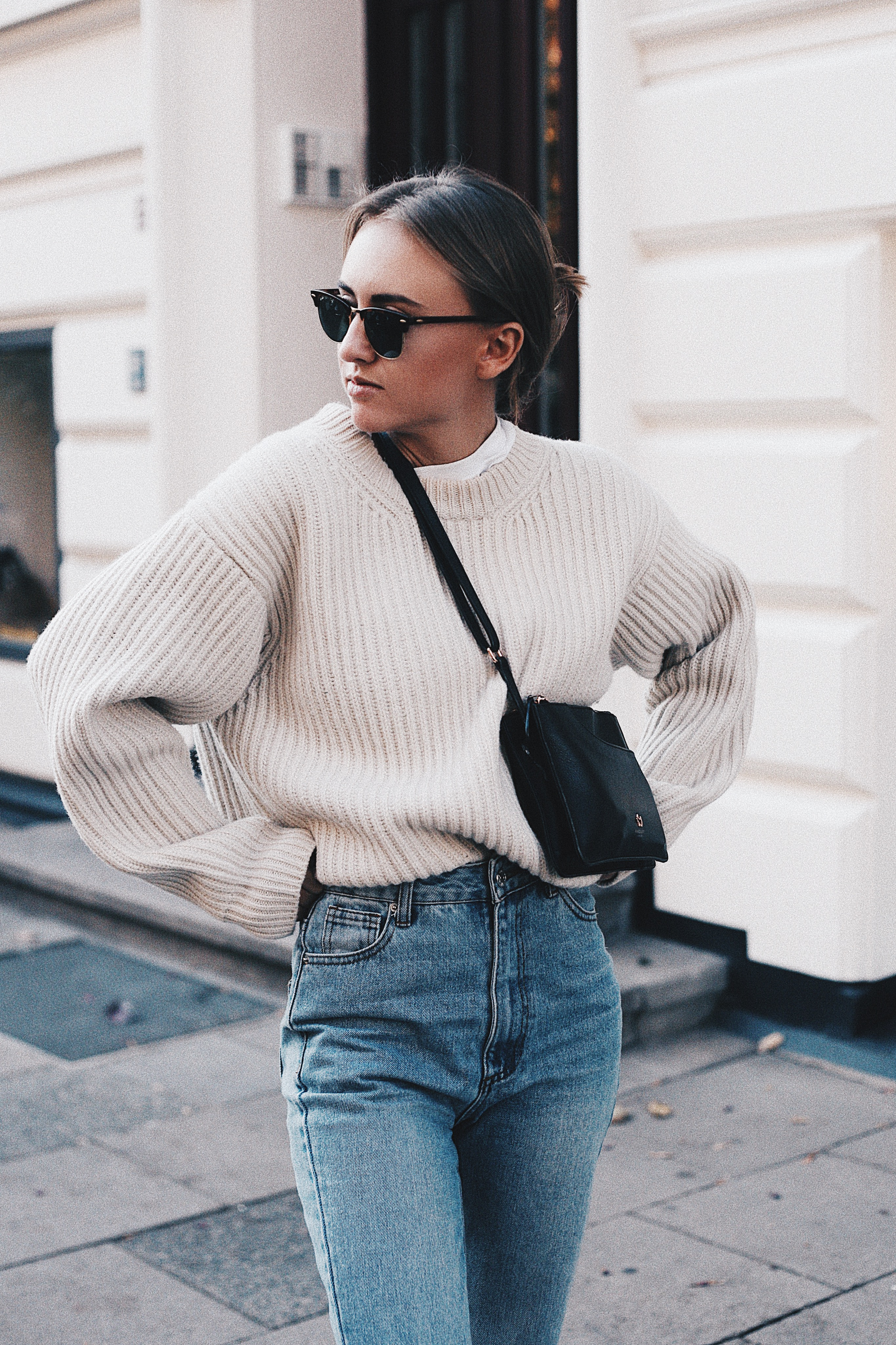 THE PERFECT BASIC SWEATER